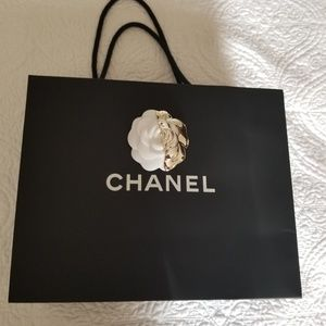 CHANEL Paper Shopping Bag.